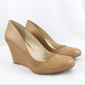 Jessica Simpson | Women's Tan Wedge Heels Size 10M